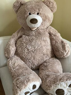 Life Size Teddy Bear for Sale in Compton,  CA