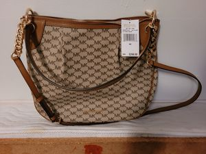 Michael kors purse for Sale in Springfield, MO