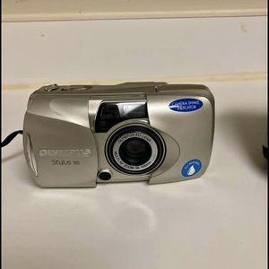 Olympus stylus 105 camera with case for Sale in Fairfax, VA
