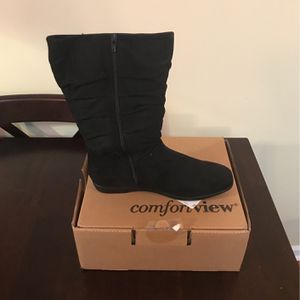 Ladies Suede Boots Size 12 (NEW) for Sale in Nashville, TN