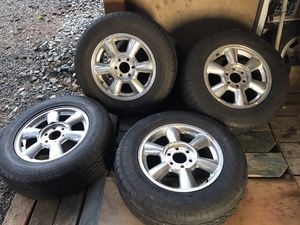 """17"""" gmc envoy/ trailblazer wheels and tires for Sale in Kenmore, WA"""