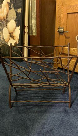 Magazine Rack Holder for Sale in Bothell,  WA