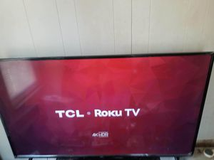 TCL ROKU TV for Sale in Cleveland, OH