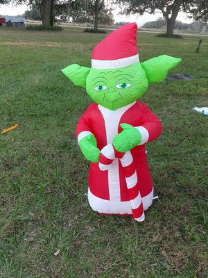 Star Wars 3.5 Ft Airblown Inflatable YODA Yard Display for Sale in Webster, FL
