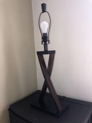 Brown and black lamp for Sale in Nashville, TN