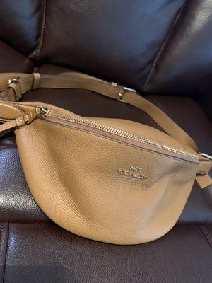 Coach waist bag for Sale in Tarpon Springs, FL