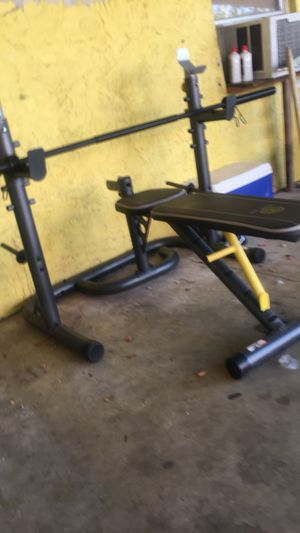 Golds gym weight bench set $200 or best offer for Sale in Stuart, FL