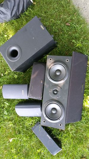 House Speakers Polk audio Cambridge soundworks Kenwood awia for Sale in Cranston, RI
