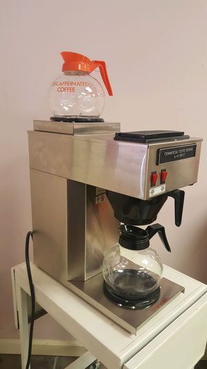 Mr. Coffee pour over comercial coffee maker with pots for Sale in Lynnwood, WA