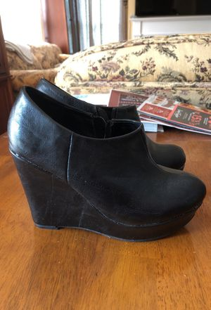 Madden Girl black leather wedges sz 7 for Sale in Austin, TX