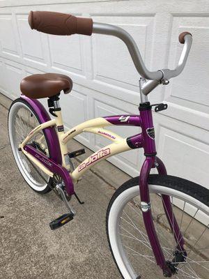 CUTE👀 Ladies beach cruiser bike for Sale in Woodburn, OR