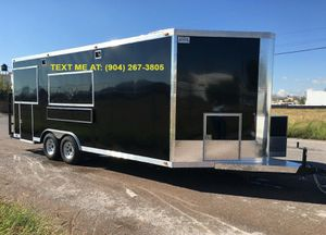 TOTAL LENGHT: 26 FT FOOD TRAILER for Sale in Middletown, CT