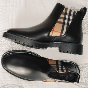 Burberry Women Ankle Boots for Sale in San Diego, CA