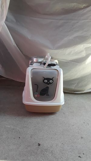 Cat Litter Cage for Sale in Carson, CA