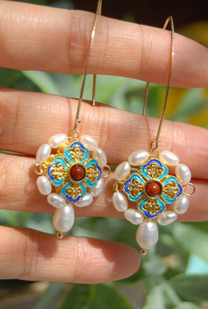 Antique style cloisonné with pearls earring for Sale in Hayward, CA