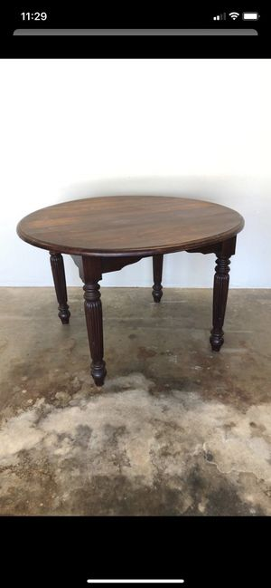 Solid wood kitchen table for Sale in Visalia, CA