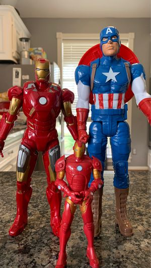Marvel figurines Captain AMERICA and Iron man for Sale in Seabrook, TX