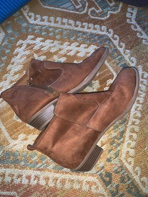 Brown suede booties NEW for Sale in San Diego, CA