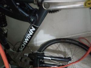 """schwinn s25 26"""" mountain bike for Sale in Denver, CO"""