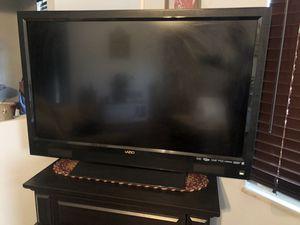 VIZO 51 inch TV for Sale in Parkersburg, WV