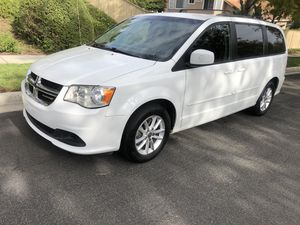 2015 Dodge Grand Caravan Minivan for Sale in Corona, CA