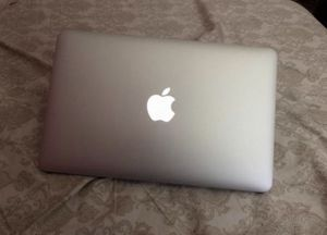 2015 Apple MacBook Air for Sale in New Port Richey, FL