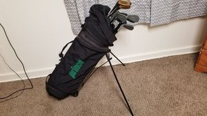 Prince golf caddy w wheels and clubs for Sale in Seattle, WA