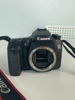 Canon EOS 70D DSLR Camera (Body Only) for Sale in Miami,  FL