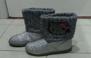 Hello Kitty Girls Size 4 Boots for Sale in Pittsburgh, PA