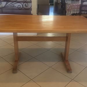 VINTAGE SOLID WOOD KITCHEN DINING TABLE for Sale in La Palma, CA