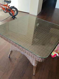Coffee Table for Sale in Pittsburgh,  PA