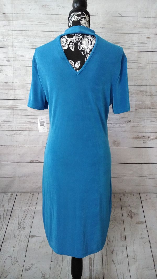 New Beautiful Bebe Dress , women's size XL ( New with tag )