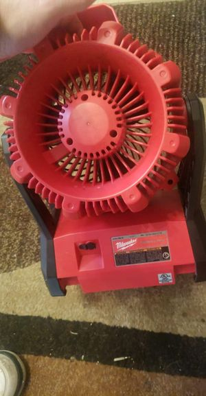 $60 Milwaukee 18v work fan fan only for Sale in Oklahoma City, OK
