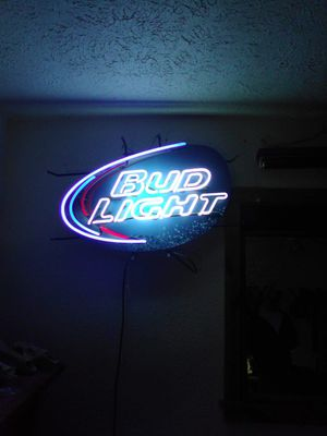 Neon bud light sign for Sale in Seligman, MO