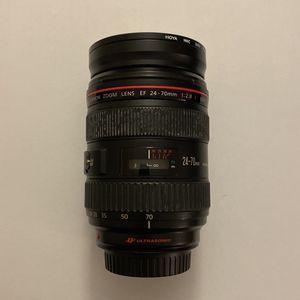 Canon Ef 24-70mm F/2.8 L Usm Lens for Sale in Hialeah, FL