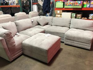 Lenora 6pc fabric sectional for Sale in Lewisville, TX
