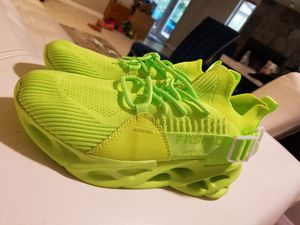 Sneakers Fashion for Women BRAND NEW size 7,5 for Sale in Hudson, FL
