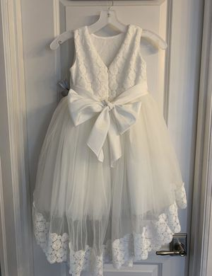 Flower girl dress-7years old for Sale in Kent, WA