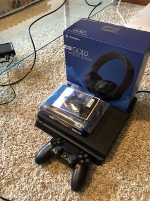 PS4 Slim 1TB for Sale in Lake Stevens, WA