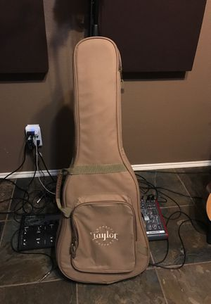 Taylor Guitar Case for Sale in Hickory Creek, TX