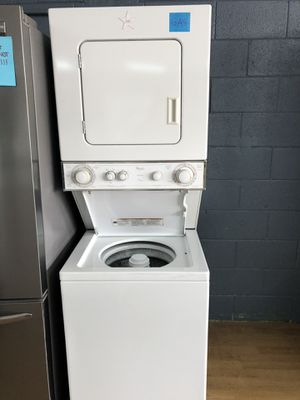 Whirlpool white stacked unit GAS for Sale in Woodbridge, VA