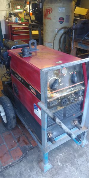 LINCOLN 225 AMPS WELDER GENERATOR for Sale in Brooklyn, NY