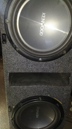 Kicker sound system &jbl blue tooth for Sale in Wichita, KS