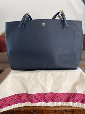 Authentic Tory Burch tote bag for Sale in Vacaville, CA