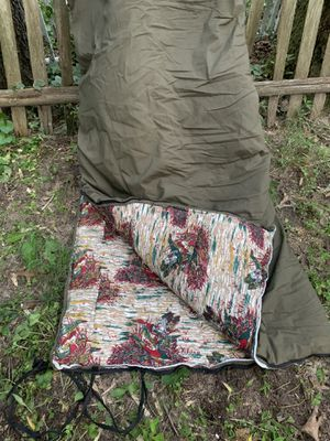 2 Wenzel Sleeping Bags for Sale in Severna Park, MD
