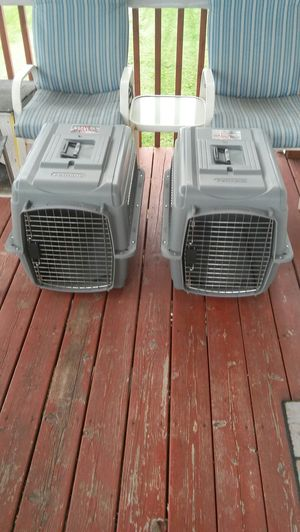 Two medium Petmate Dog ultra sky kennels for Sale in Post Falls, ID