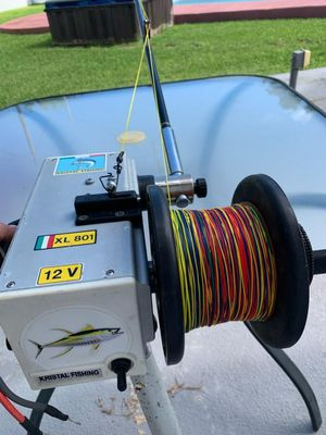12V Electric fishing reel Kristal fishing for deep dropping. Made in ITALY for Sale in Miami, FL