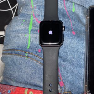 Series 3 Apple Watch 38 Mm for Sale in Raleigh, NC