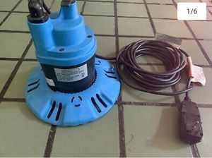 Utilitech submersible,pool/spa cover drainer 1/4HP for Sale in Bakersfield, CA