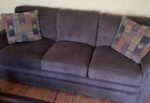 LAST CHANCE!!! BROWN LAZBOY COUCH -NEED GONE!!!-THROW PILLOWS NOT INCLUDED for Sale in Riviera Beach, FL